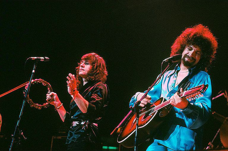 Electric Light Orchestra, ELO, perform on stage, February 1977, London, Bev Bevan, Jeff Lynne.