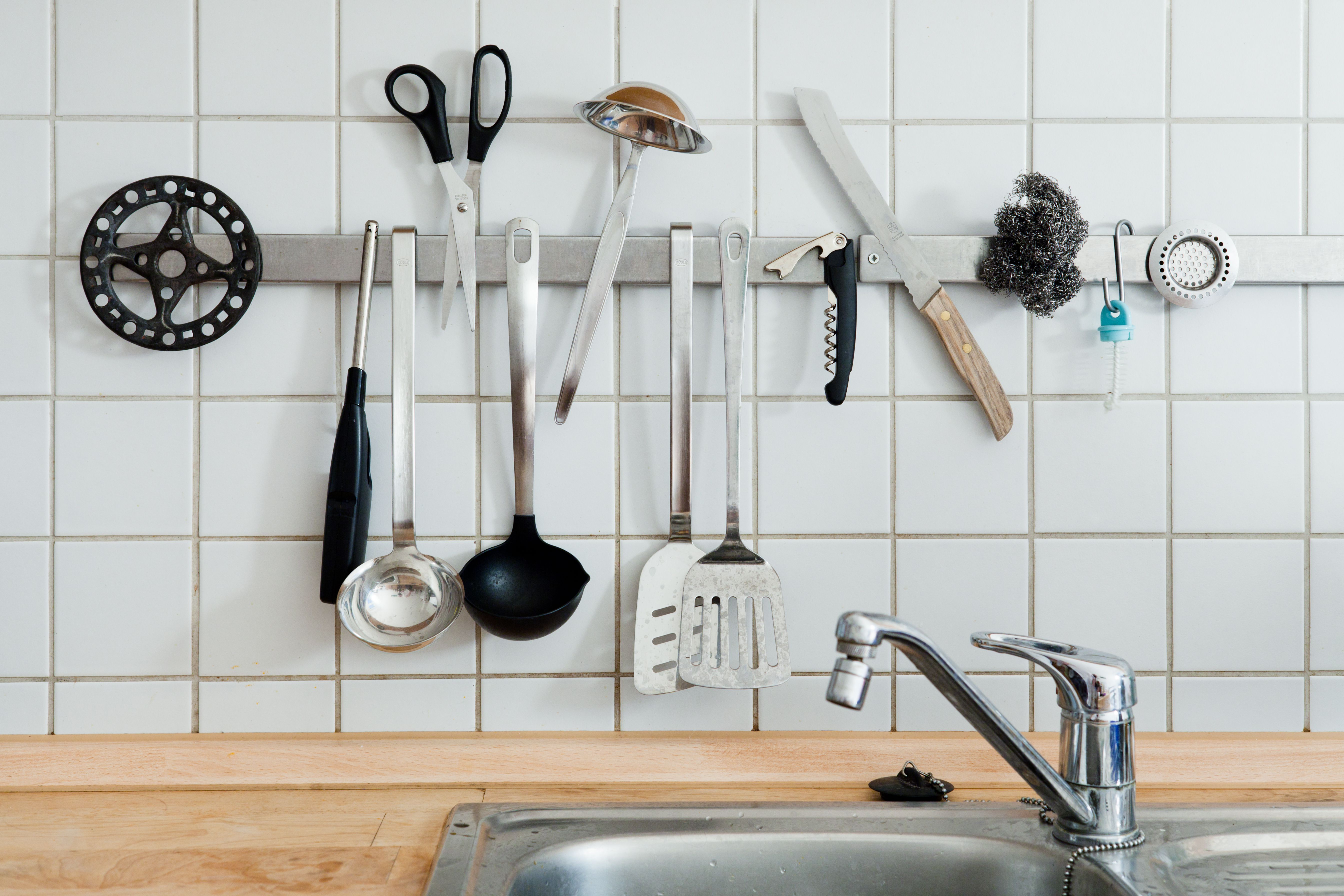 The Best Kitchen Tools to Buy for a First Kitchen
