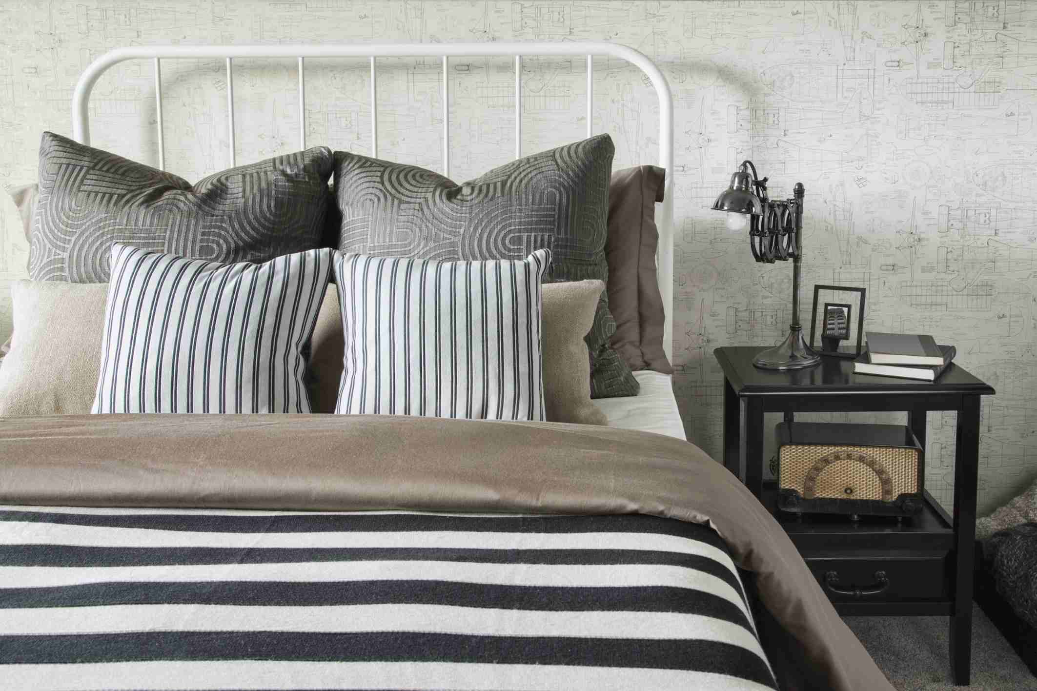 9 Bed Making Mistakes and How to Fix Them