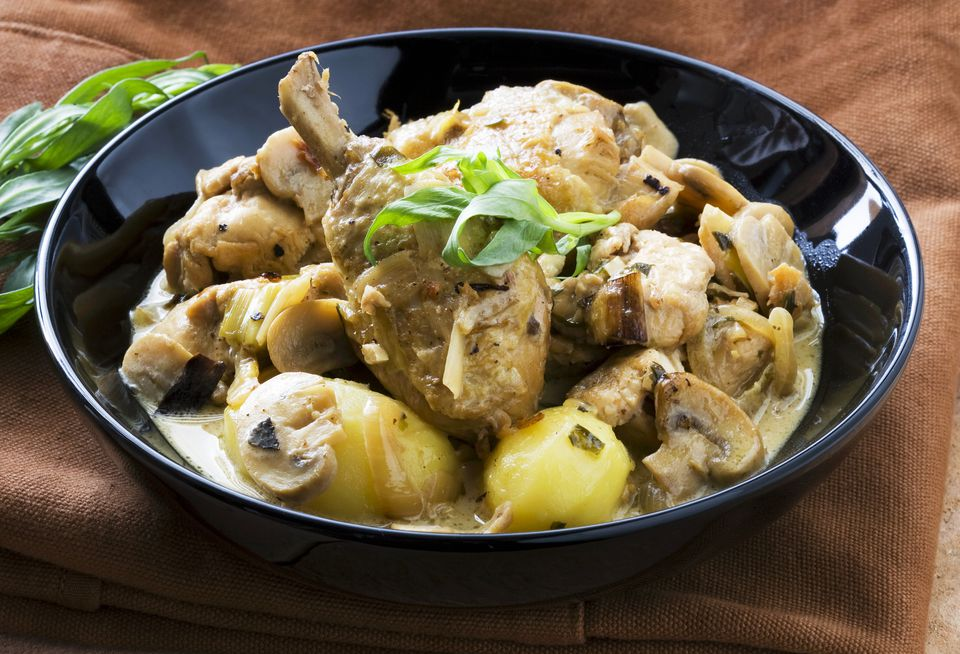 Chicken Stew With Mushrooms and Potatoes