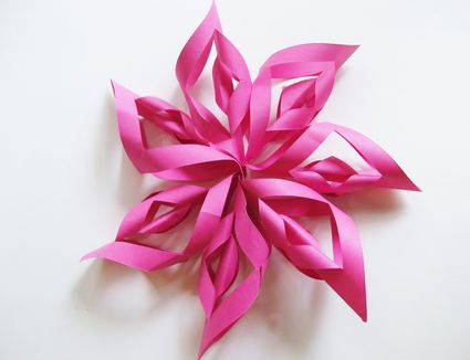 DIY Kids Birthday Party Decorations How To Make A Paper Starburst