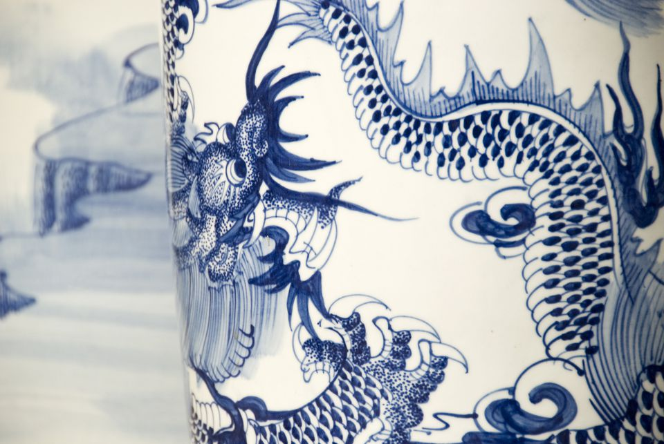 feng shui wealth vase blue and white