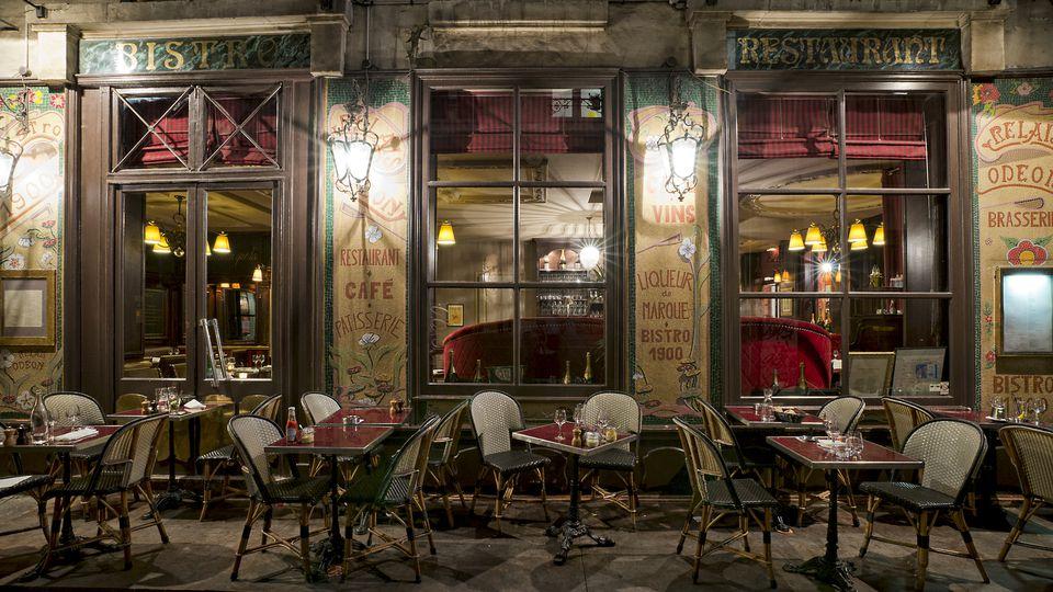 Paris restaurant in the evening