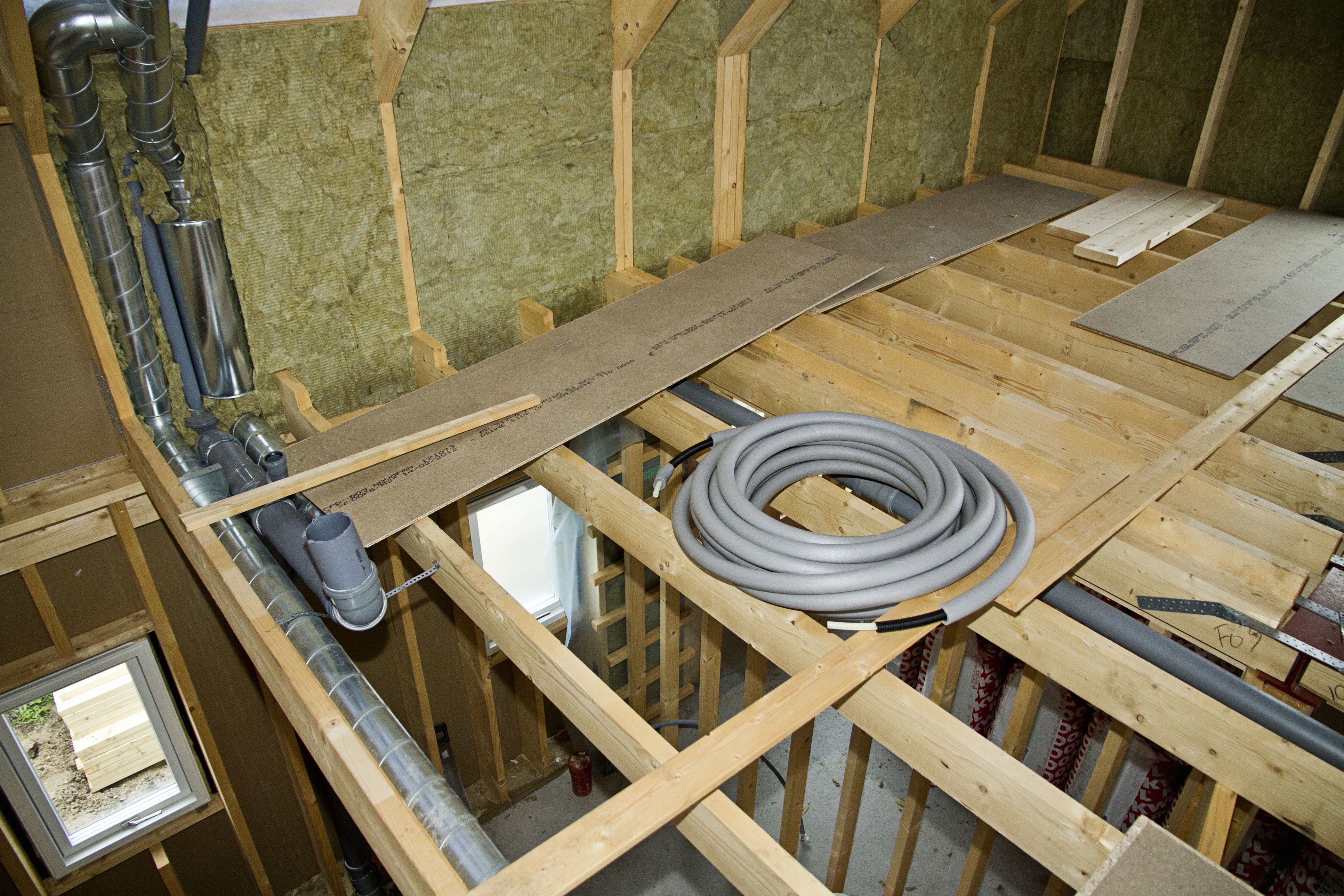How to install a reinforced concrete pipe rcp i joists installation and handling tips dailygadgetfo Images