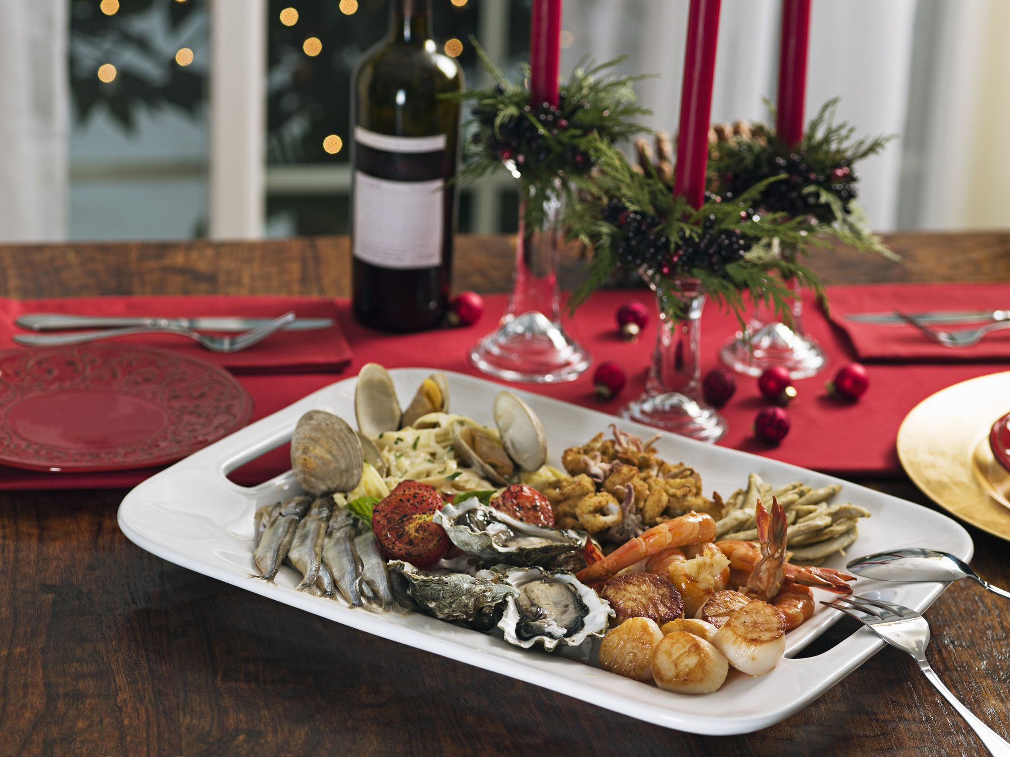 A naples style christmas feast of the seven fishes for Feast of the fishes