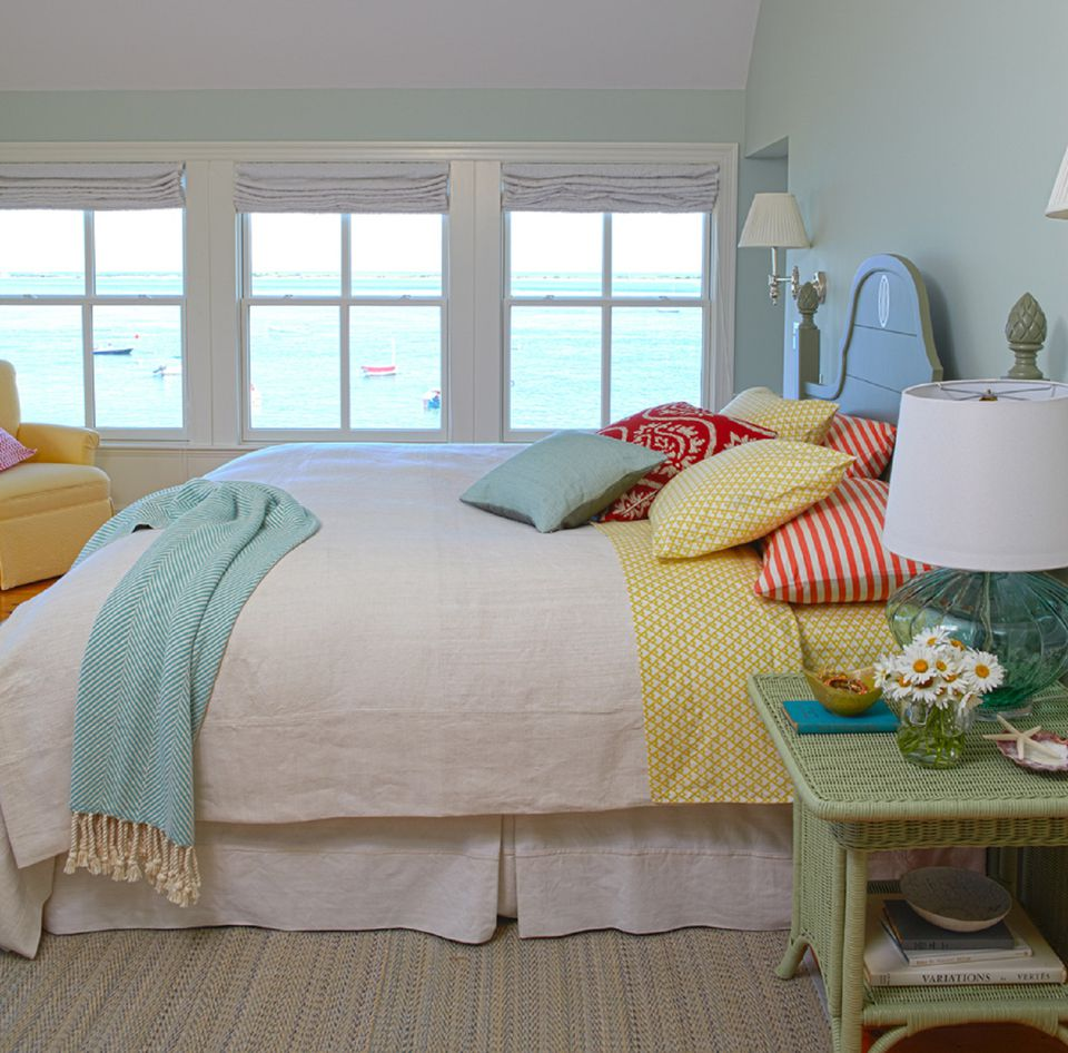 Decorating with a triadic color scheme in the bedroom for Blue and yellow bedroom designs