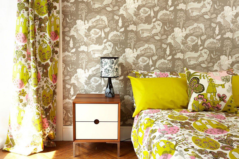 fabulous purple bedroom design ideas | 6 Fabulous Wallpapered Bedrooms