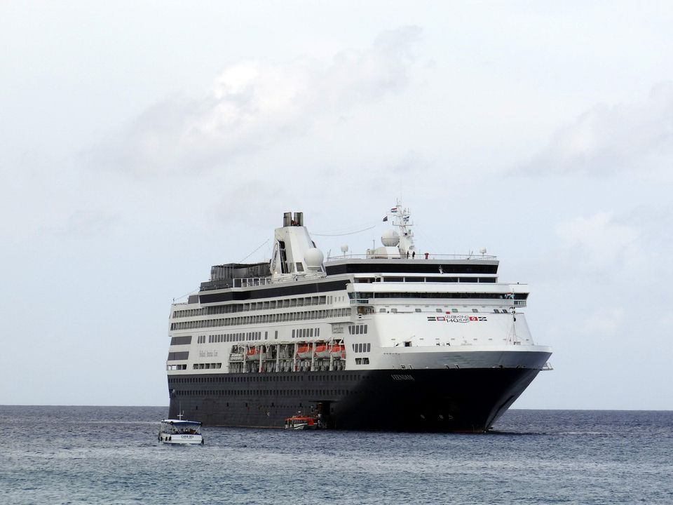 Holland America Veendam cruise ship