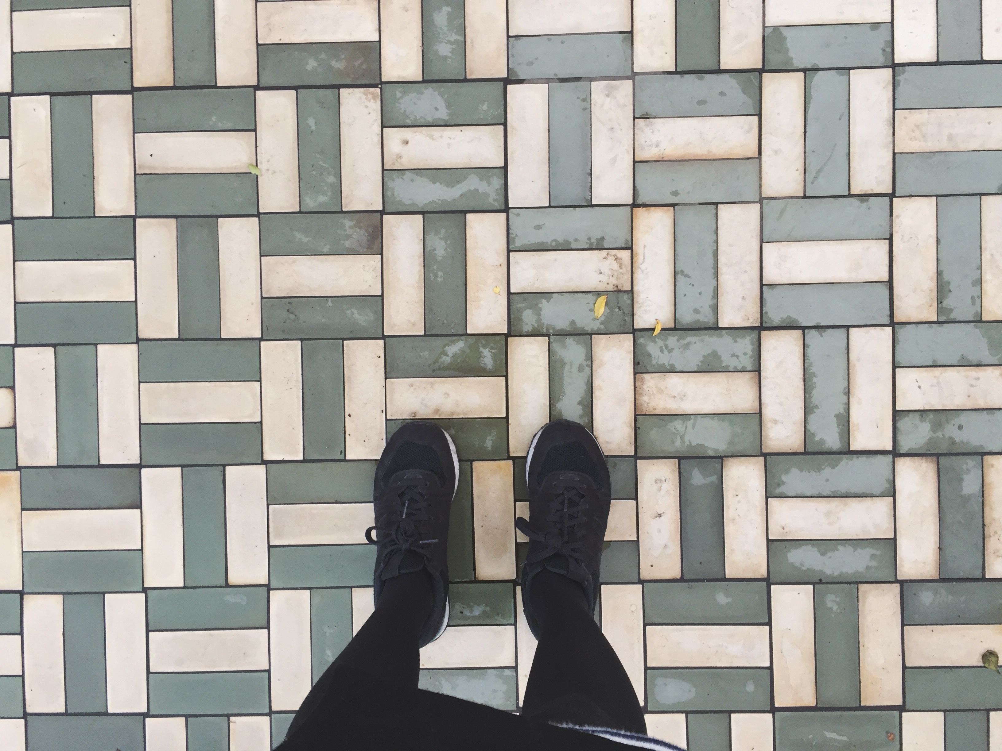Six best tile patterns for your floors dailygadgetfo Image collections