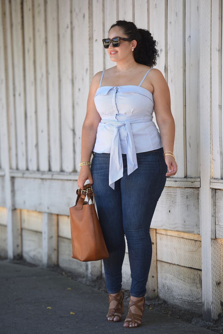 14 plus size jeans outfits that will turn heads for Tucked in shirt plus size