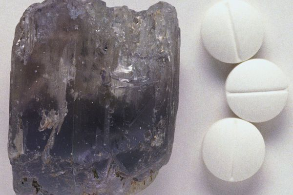Lithium tablets next to lithium aluminum silicate.