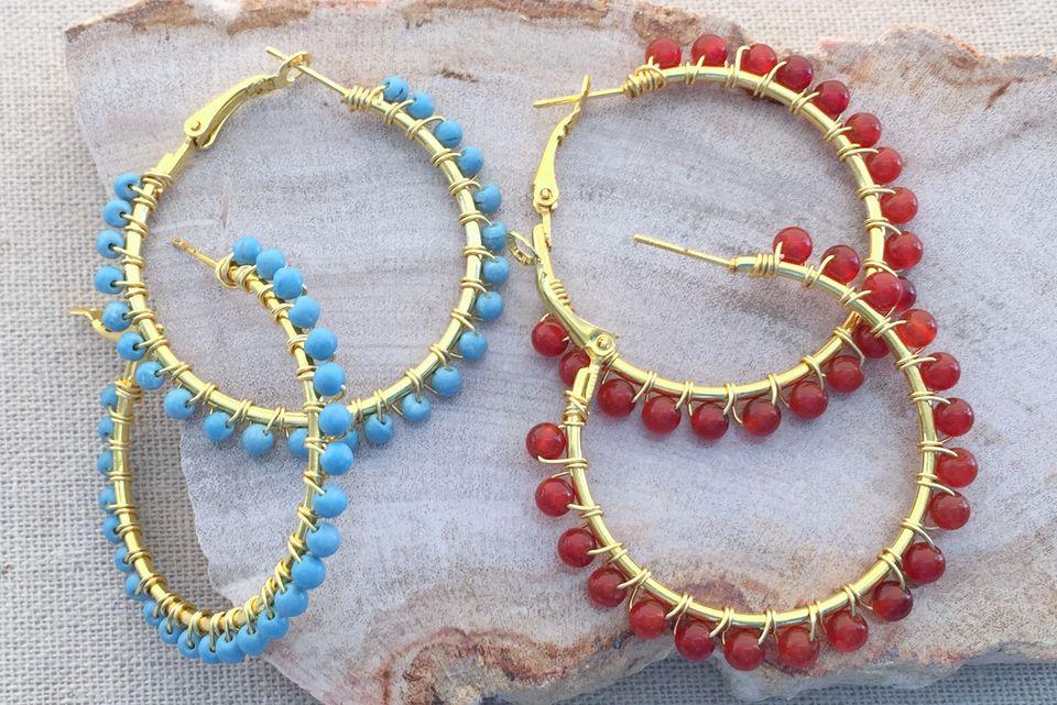 wire wrapped bead hoop earrings tutorial
