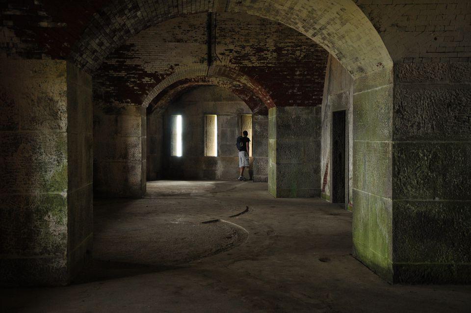 Fort-Warren.jpg