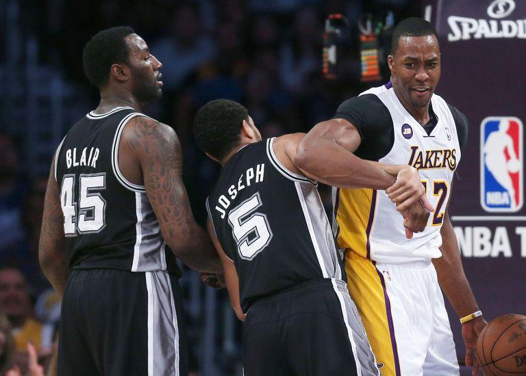 Basketball shoving