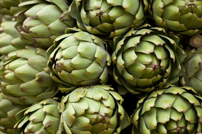 Picture of artichokes