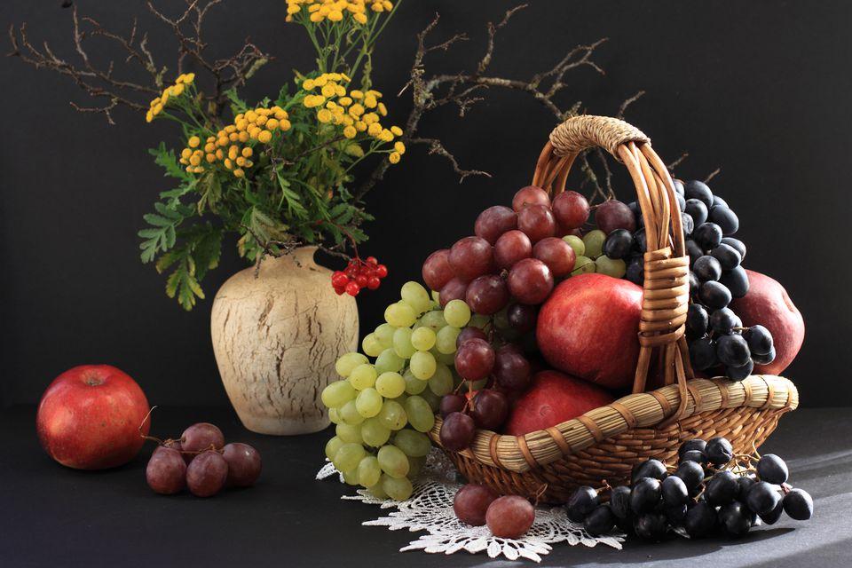 Round fruits