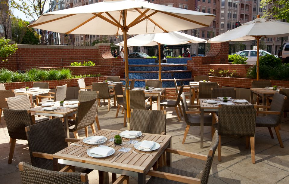 Dining outdoors in washington dc a neighborhood guide for Terrace on the park restaurant