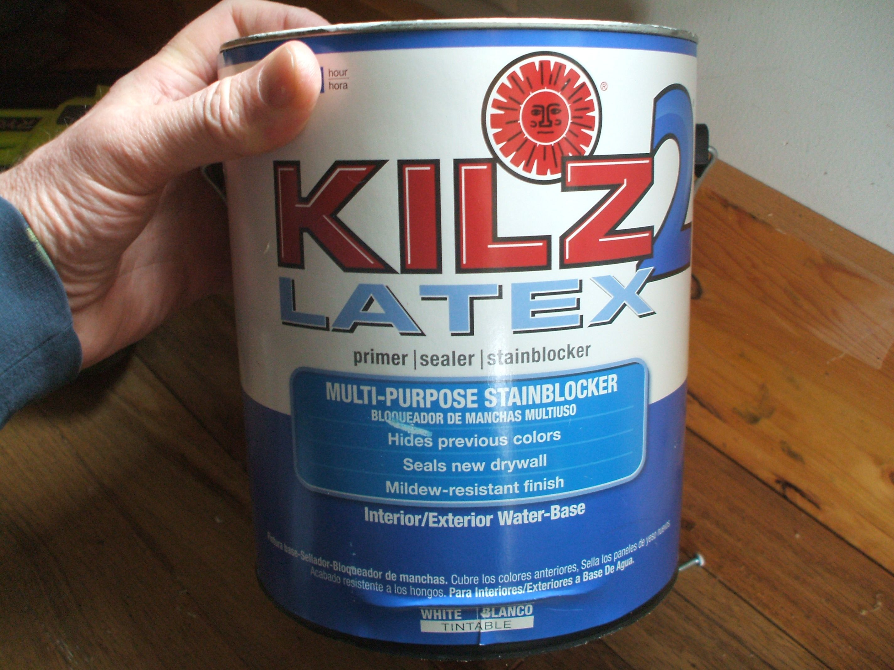 Kilz 2 latex interior exterior water based primer for Can you paint latex over oil based paint exterior