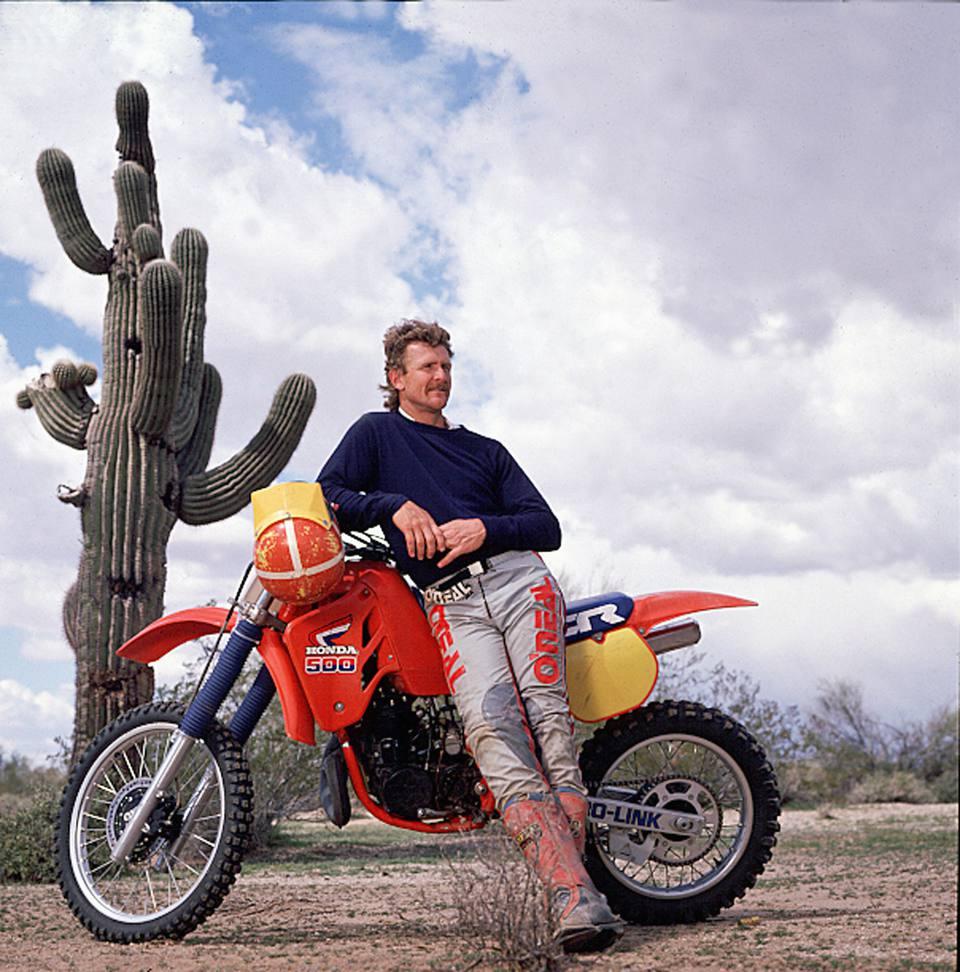 getty-motorcycle_1500_72182816.jpg