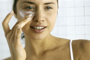 Stop Making These Winter Skin Care Mistakes photo