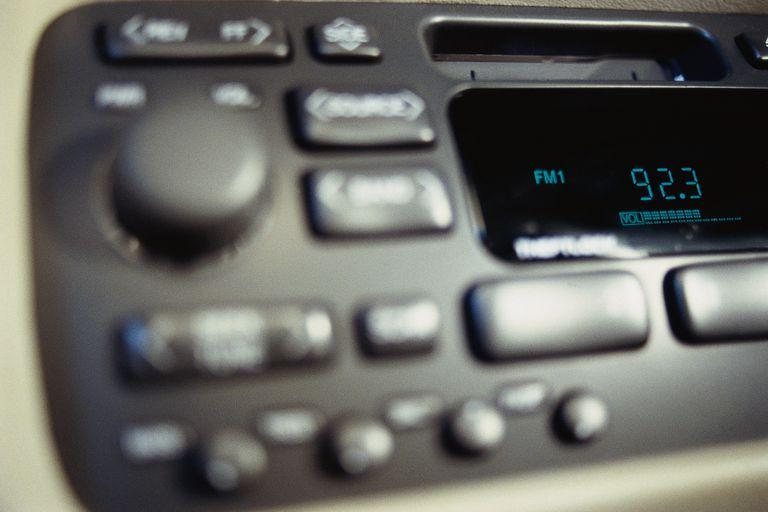 1.5 din radio
