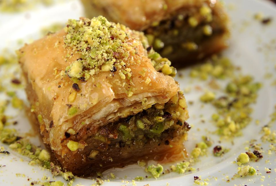25 classic greek recipes from soup to desserts baklava forumfinder Images