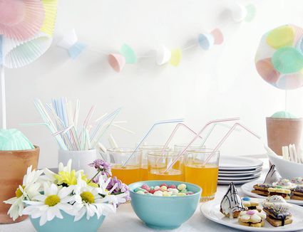 Images Of Baby Showers ~ Who is supposed to throw a baby shower?