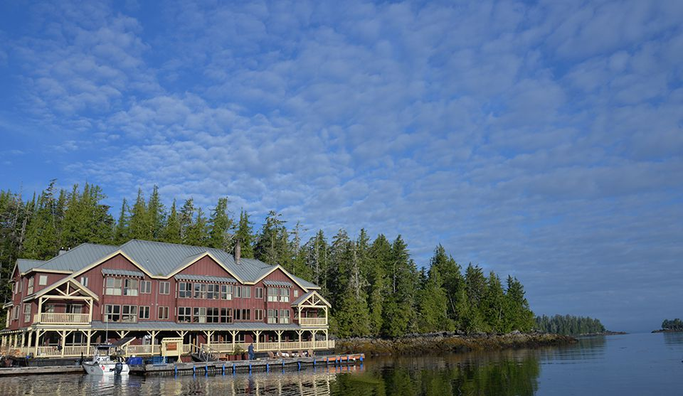 Luxury Fishing Lodges Resorts In Canada - 5 best fly in fishing lodges in canada