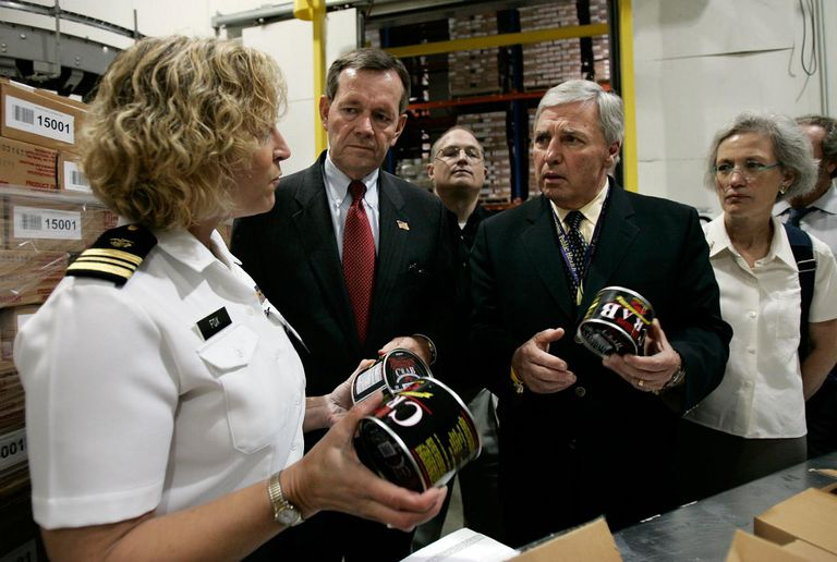 HHS and FDA Chiefs Tour Imported Food Facility To Study Food Safety