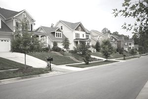 A row of houses in a suburban American neighborhood