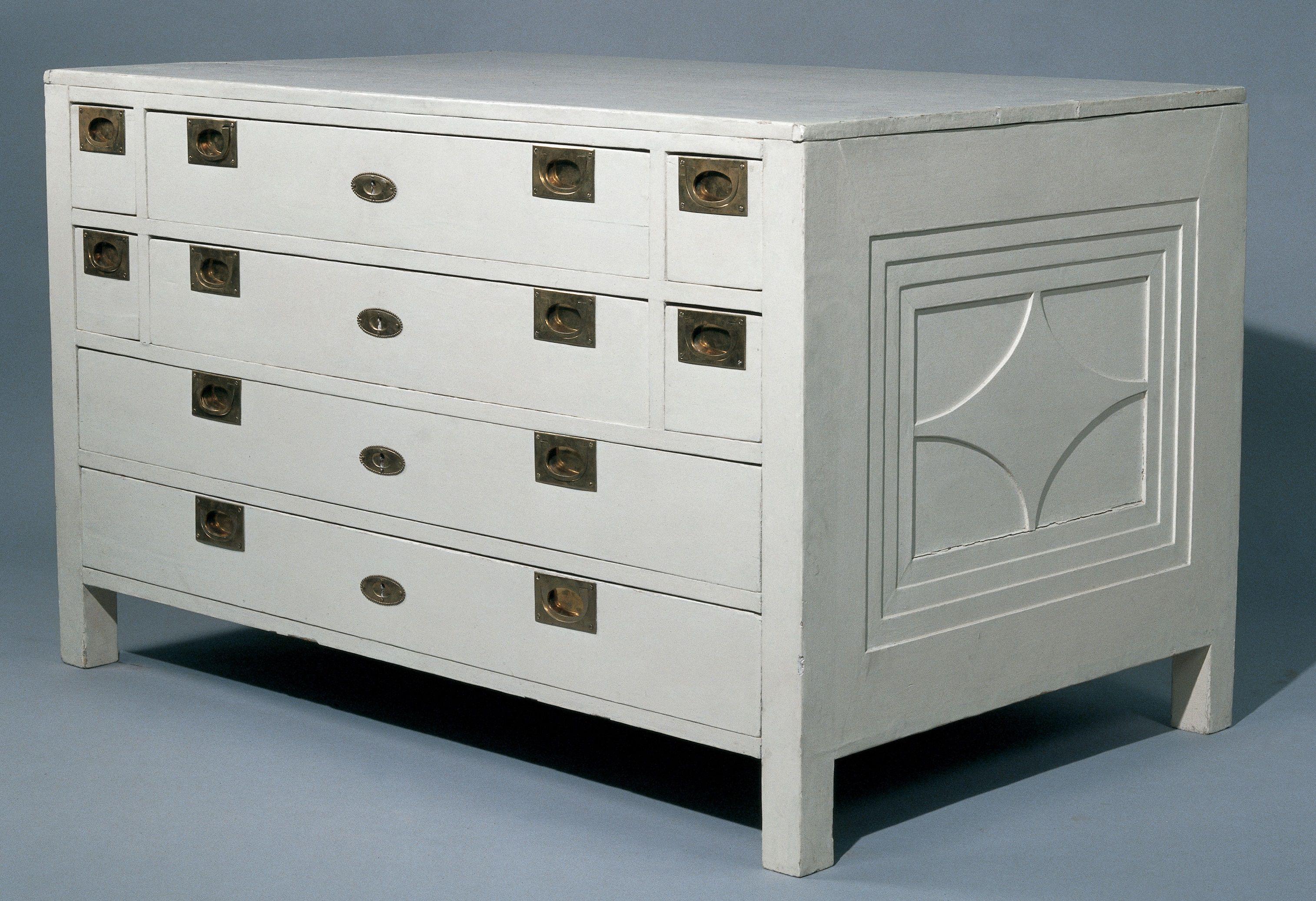 Cómo lacar muebles en blanco o en otro color