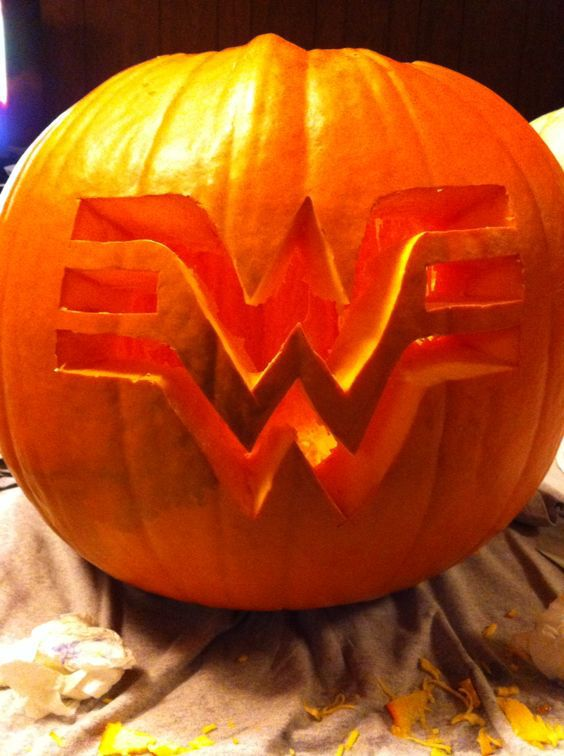 25 Creative Pumpkin Carving Ideas-1663