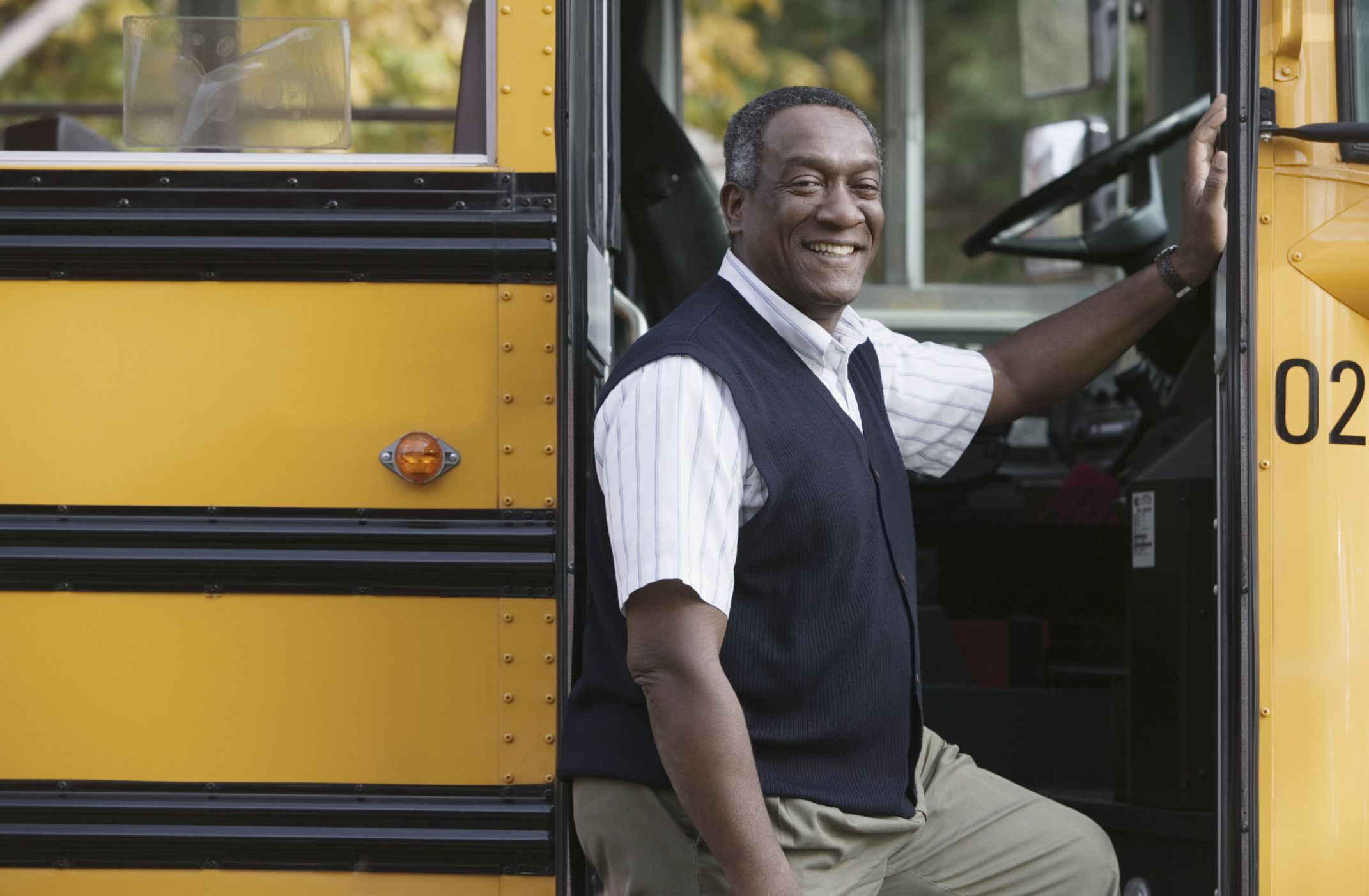Daves Auto Sales >> How to Become a Government Bus Driver