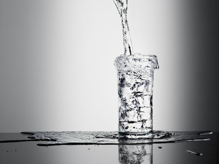 Water is good for healthy skin.