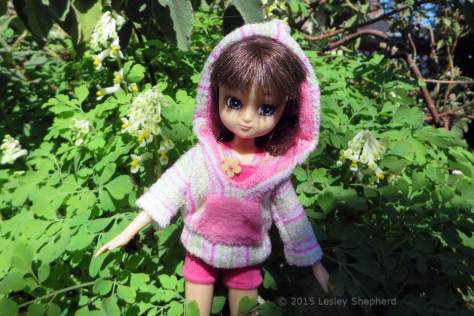 Towelling hoodie on a Lottie Doll