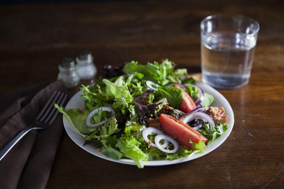 Salad lit by DIY softbox