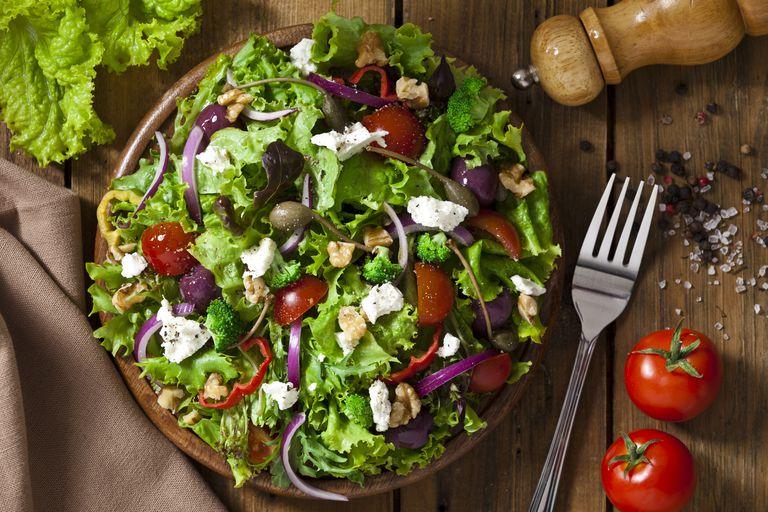 Volumetrics spring salad