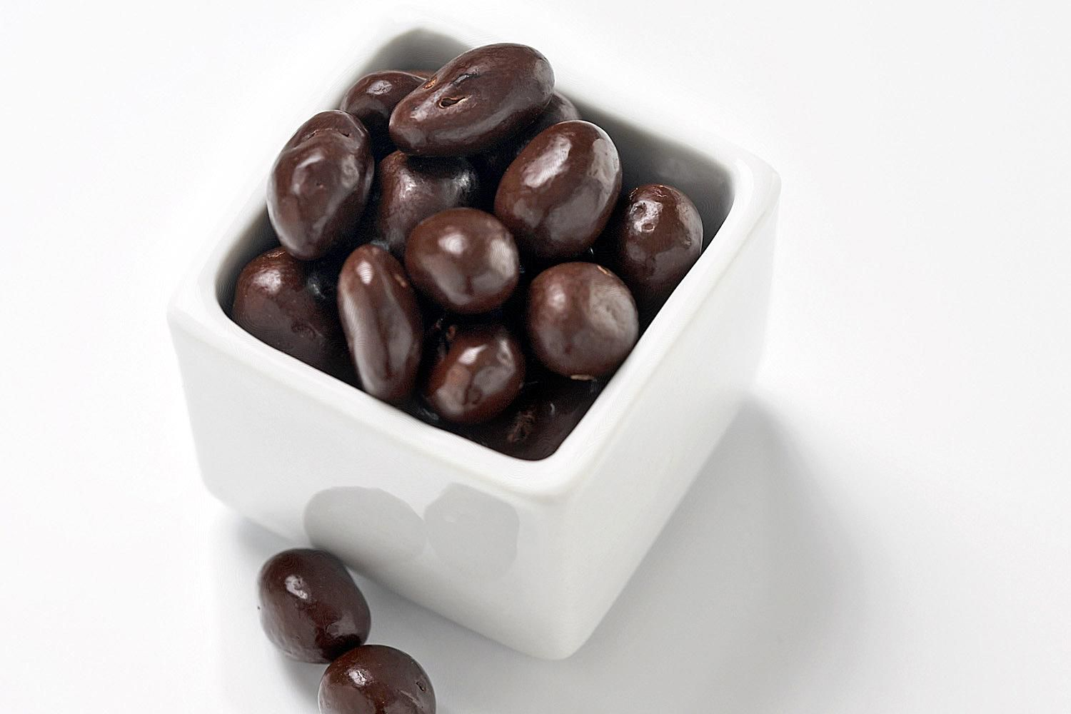 Make And Take Room In A Box Elizabeth Farm: Chocolate-Covered Raisins Recipe