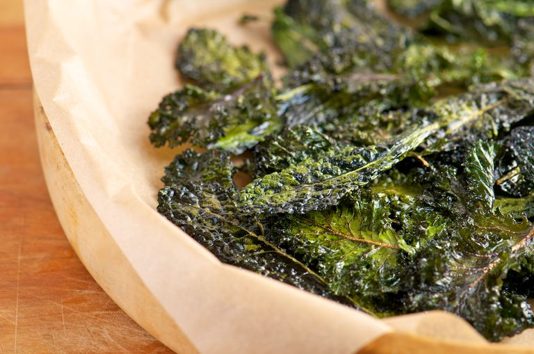 Homemade Slow-Roasted Kale Chips
