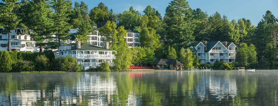 Best Vacation Resorts For Couples In The Fall