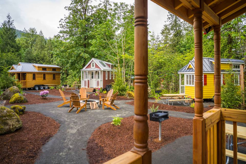 peachy tumbleweeds tiny houses. Mount Hood Tiny House Village  Tumbleweed 7 Hotels for Fun Size Vacations