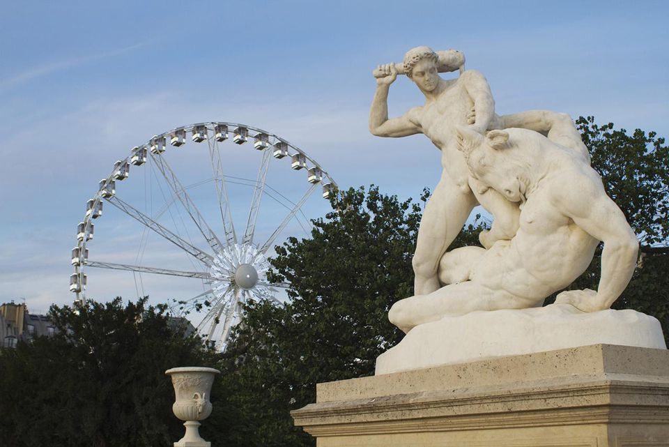 France, Paris, Jardin des Tuileries, statue of Theseus fighting the Minotaur and ferris wheel