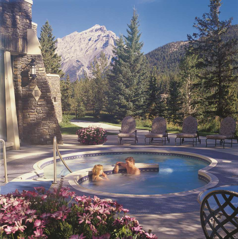 Fairmont Banff Springs resort in the majestic Canadian Rockies
