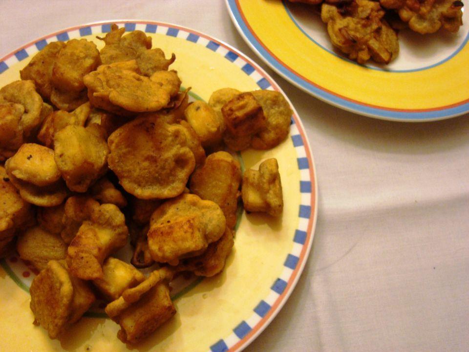 Vegetarian indian fried paneer cheese pakora recipe fried paneer cheese pakora recipe forumfinder Images