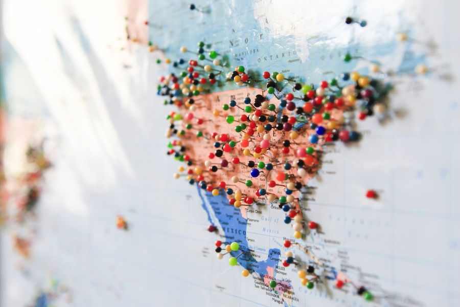 Map of USA with pins
