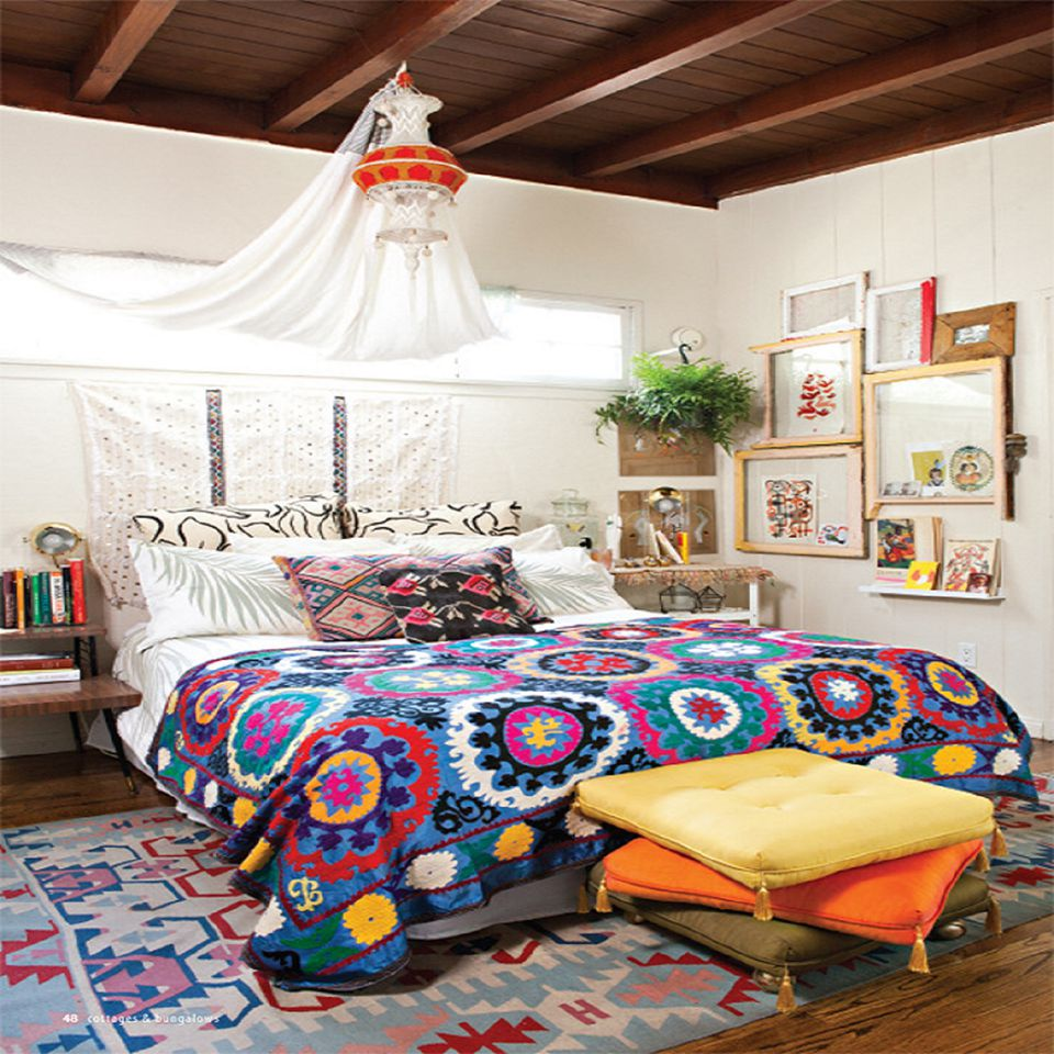 Boho Bedroom With Colorful Quilt
