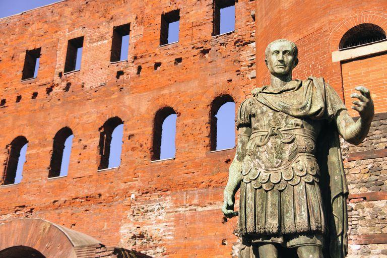 Statue of Roman leader Augustus