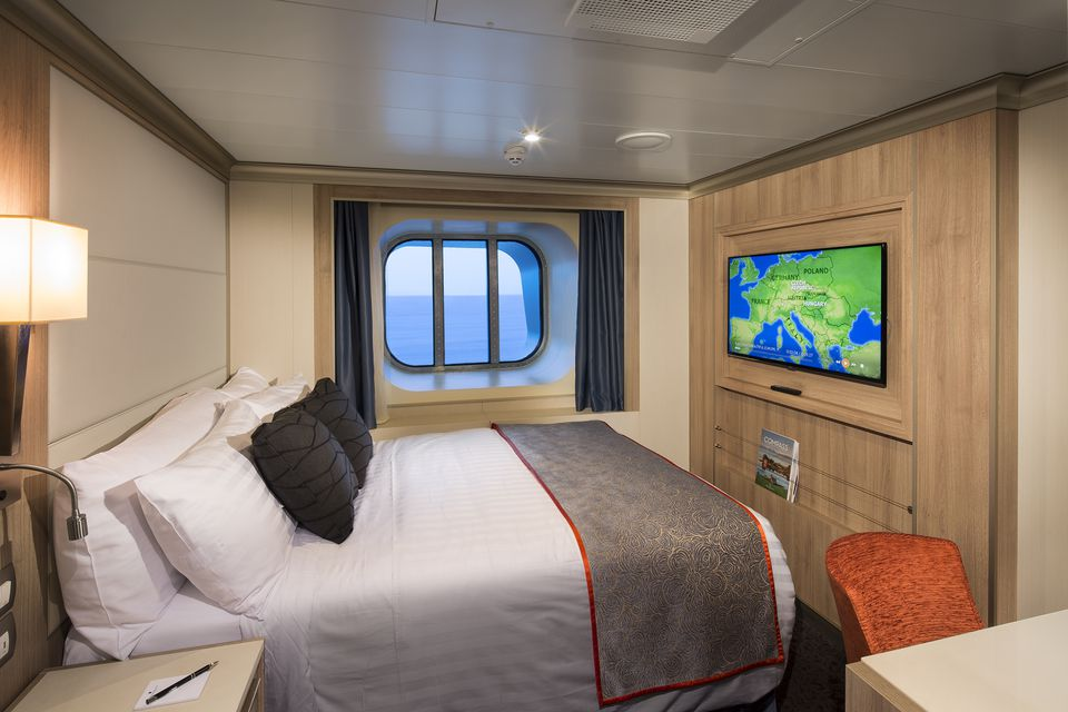 Holland america koningsdam cruise ship cabins for Which cruise line has single cabins