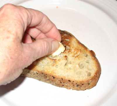 Pan con Tomate - Toast the Bread and Rub with Garlic