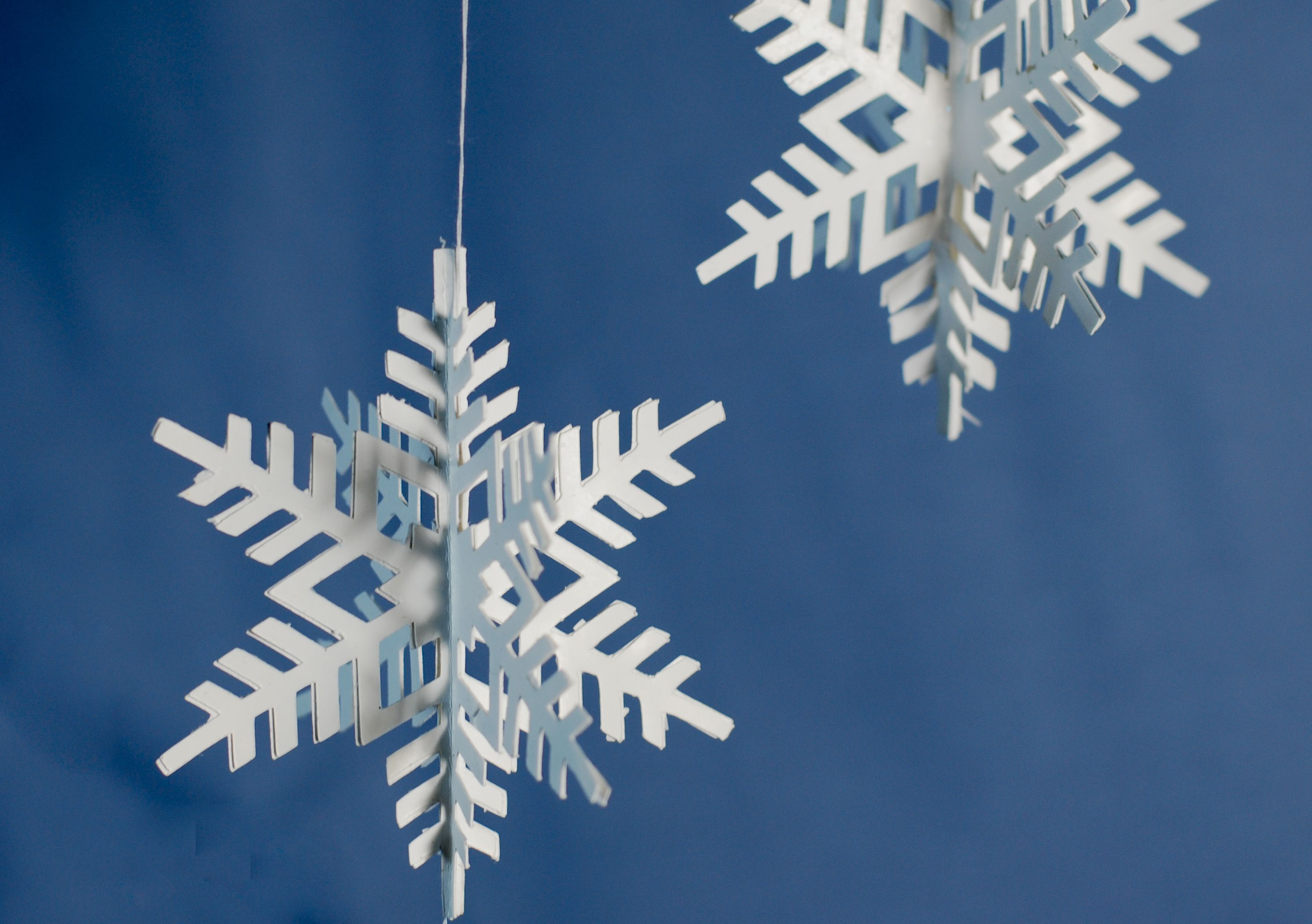How to make 3d paper snowflake ornaments for 3d hanging snowflake decoration